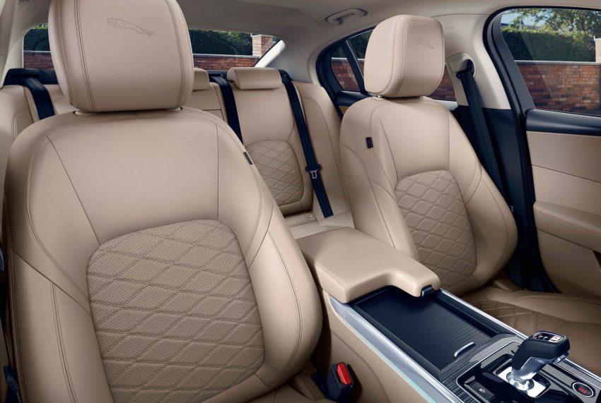 Jaguar XE 小改款发布,新引擎、外型设计再进化 Image #89096