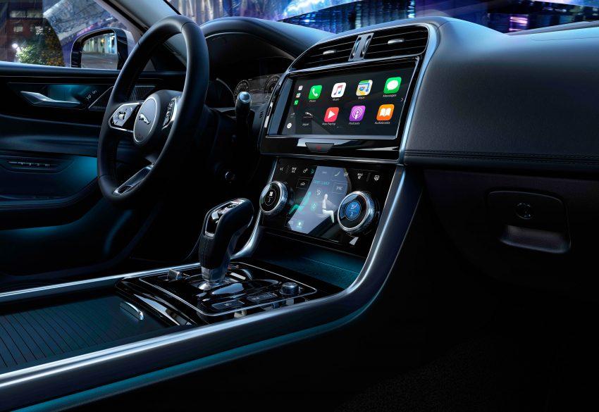 Jaguar XE 小改款发布,新引擎、外型设计再进化 Image #89097