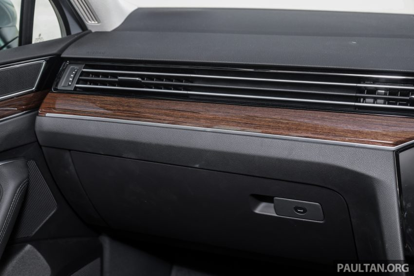 试驾: Volkswagen Passat 2.0 TSI Highline, 低调的实力派 Image #106759