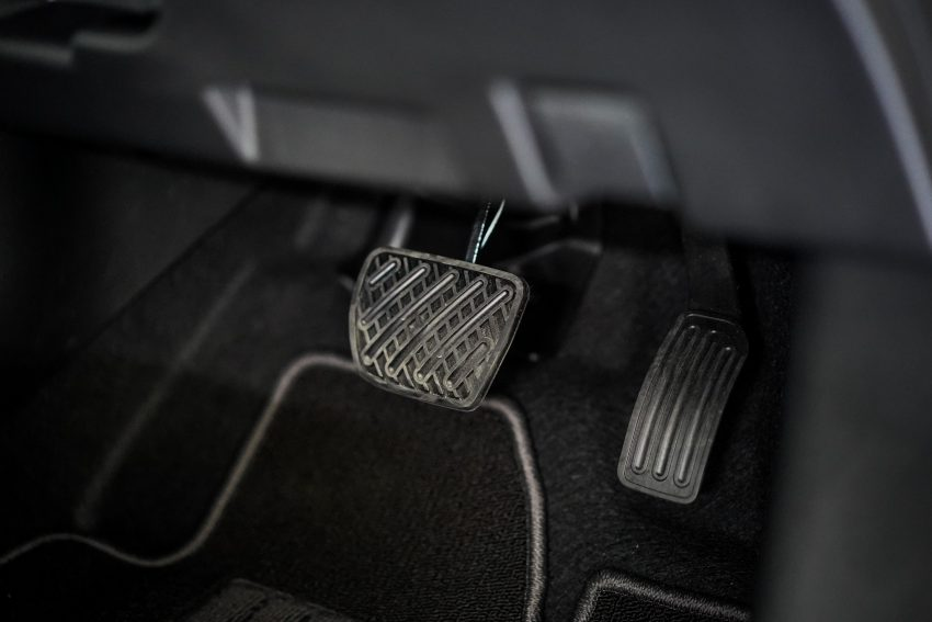 新车试驾: 第二代 Nissan Leaf, 专为小众电动车市场而生 Image #109386