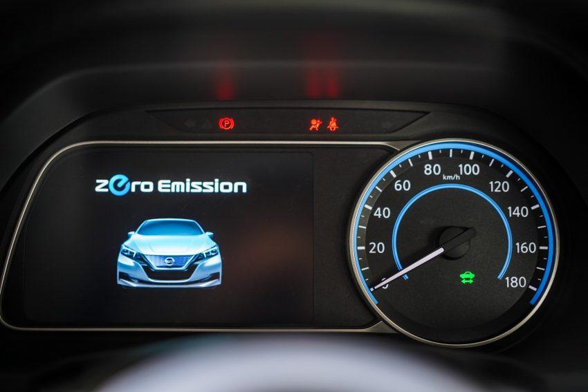 新车试驾: 第二代 Nissan Leaf, 专为小众电动车市场而生 Image #109387
