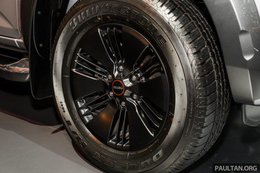 新车实拍:第三代 Isuzu D-Max 首次公开亮相泰国车展 Image #112252