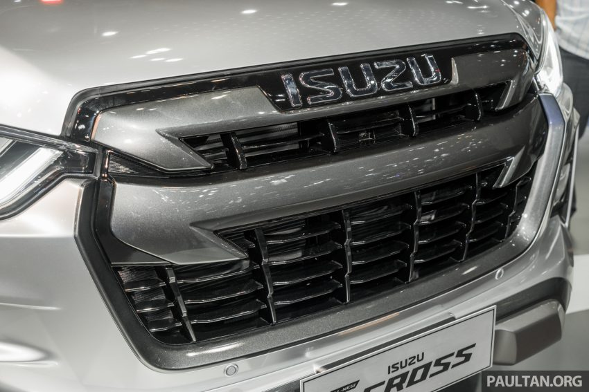 新车实拍:第三代 Isuzu D-Max 首次公开亮相泰国车展 Image #112250