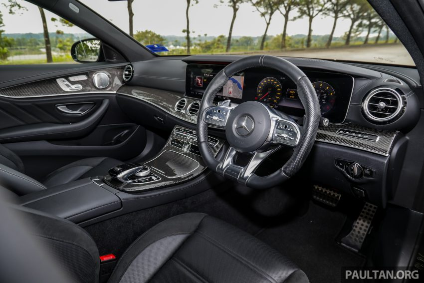 试驾:Mercedes-AMG E 53 4Matic+,是绅士亦是猛兽 Image #113125