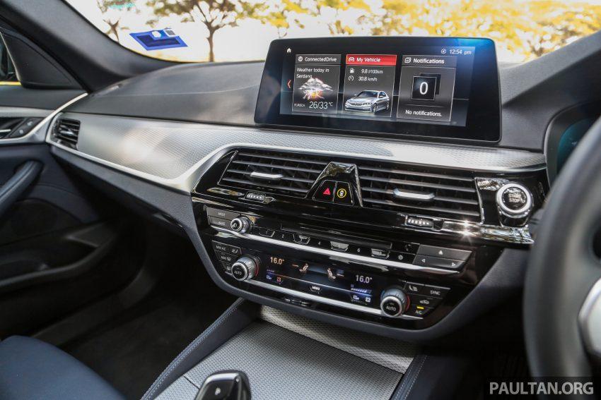 新车试驾: BMW 530e M Sport, 外观升级价格依然合理 Image #116617