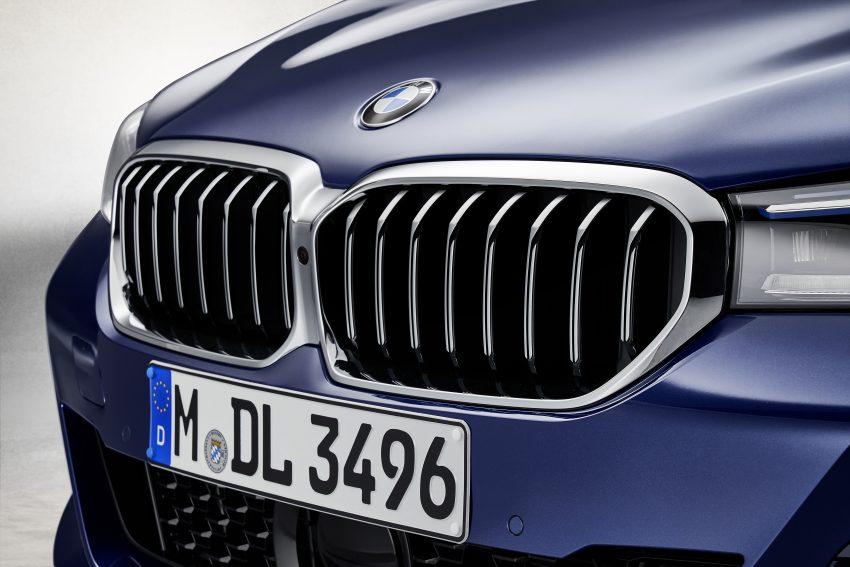 小改款 G30 BMW 5 Series LCI 发布, 造型向大哥7系看齐 Image #122489