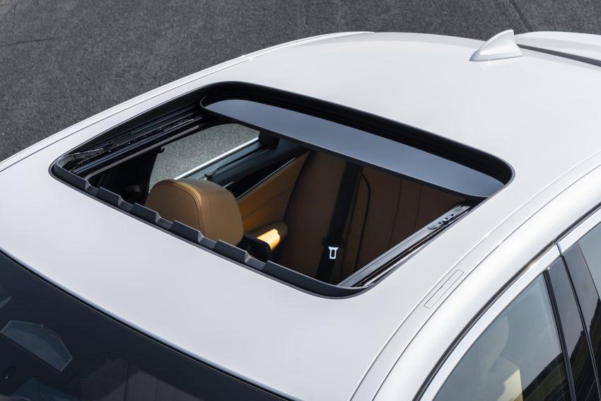小改款 G30 BMW 5 Series LCI 发布, 造型向大哥7系看齐 Image #122500