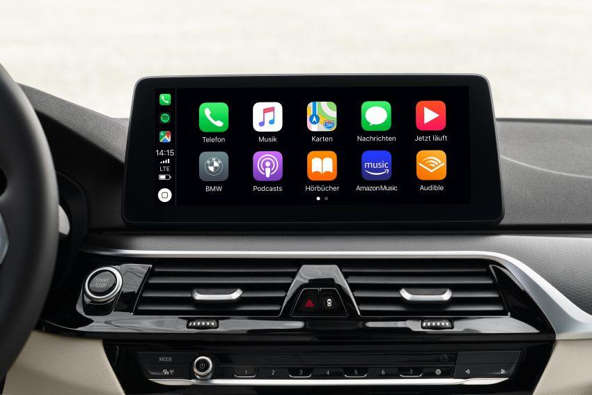 小改款 G30 BMW 5 Series LCI 发布, 造型向大哥7系看齐 Image #122503