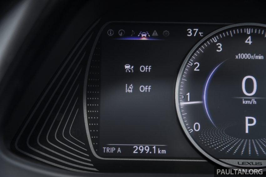 新车试驾: Lexus UX 200 Luxury, 适合都会女性的时尚选择 Image #126173