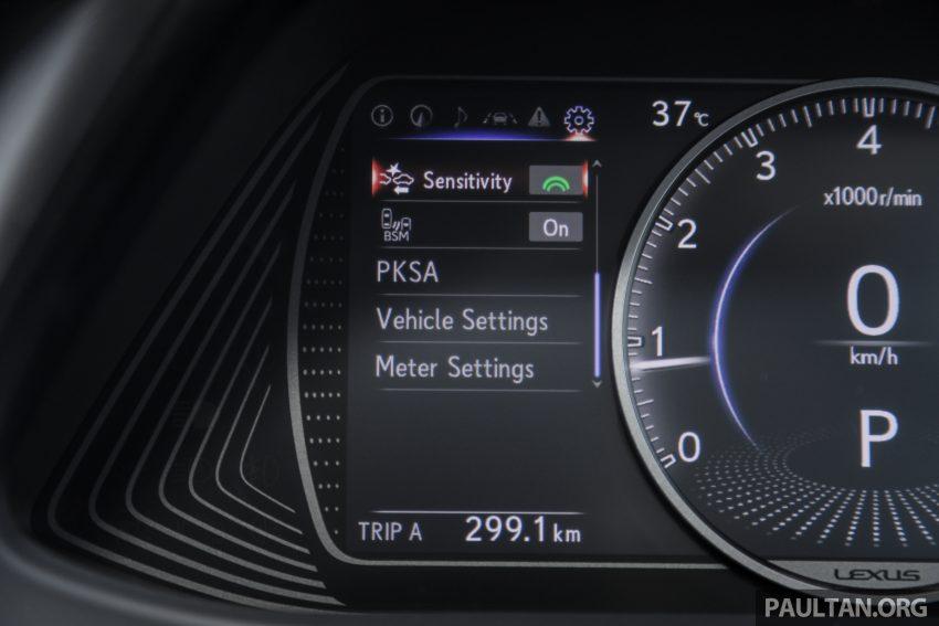 新车试驾: Lexus UX 200 Luxury, 适合都会女性的时尚选择 Image #126217