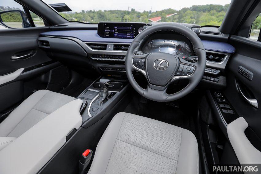 新车试驾: Lexus UX 200 Luxury, 适合都会女性的时尚选择 Image #126192