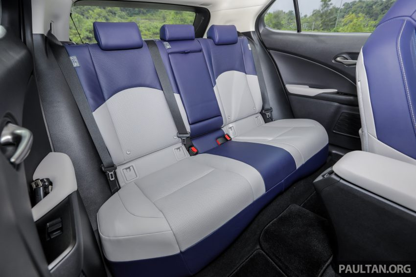 新车试驾: Lexus UX 200 Luxury, 适合都会女性的时尚选择 Image #126204