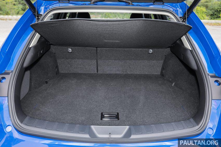 新车试驾: Lexus UX 200 Luxury, 适合都会女性的时尚选择 Image #126210