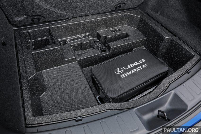 新车试驾: Lexus UX 200 Luxury, 适合都会女性的时尚选择 Image #126211