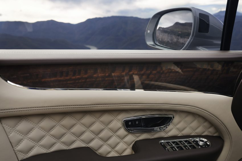 Bentley Bentayga 小改款面世,外型更精致、内装更奢华 Image #126927