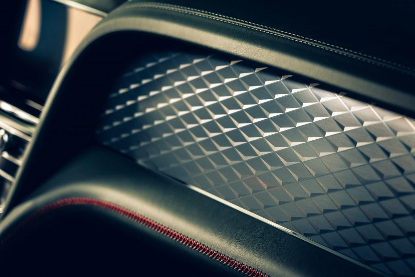 Bentley Bentayga 小改款面世,外型更精致、内装更奢华 Image #126918