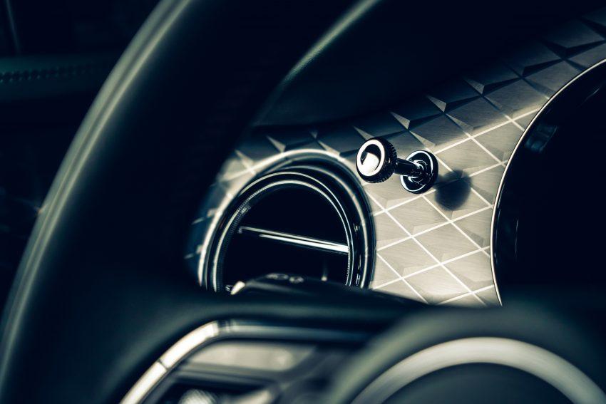 Bentley Bentayga 小改款面世,外型更精致、内装更奢华 Image #126919