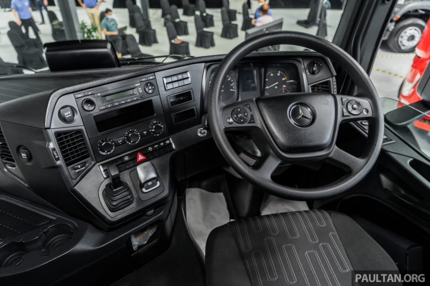 2020 Mercedes-Benz Actros 大型货卡本地上市, 10种不同车型版本供选择, 搭载AEB, ACC, LKAS等高科技安全配备 Image #129955
