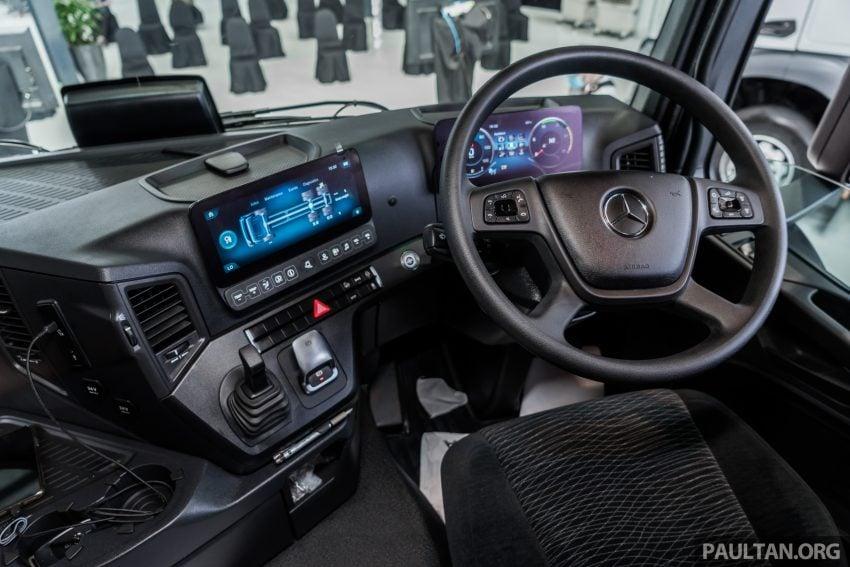 2020 Mercedes-Benz Actros 大型货卡本地上市, 10种不同车型版本供选择, 搭载AEB, ACC, LKAS等高科技安全配备 Image #129956