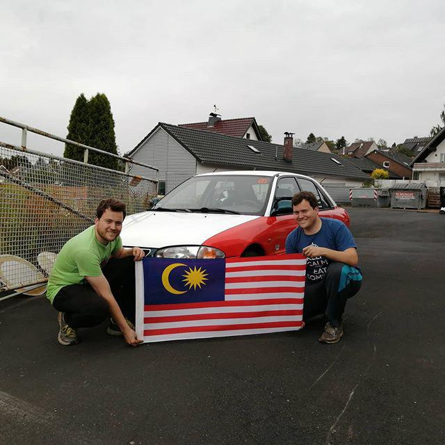 对大马情有独钟, 荷兰兄弟改造 Proton Wira 德士上赛道 Image #130350