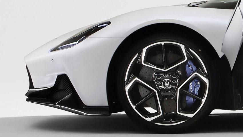全新旗舰超跑亮相, Maserati MC20 全球首发, 2.9秒飙破百 Image #134542