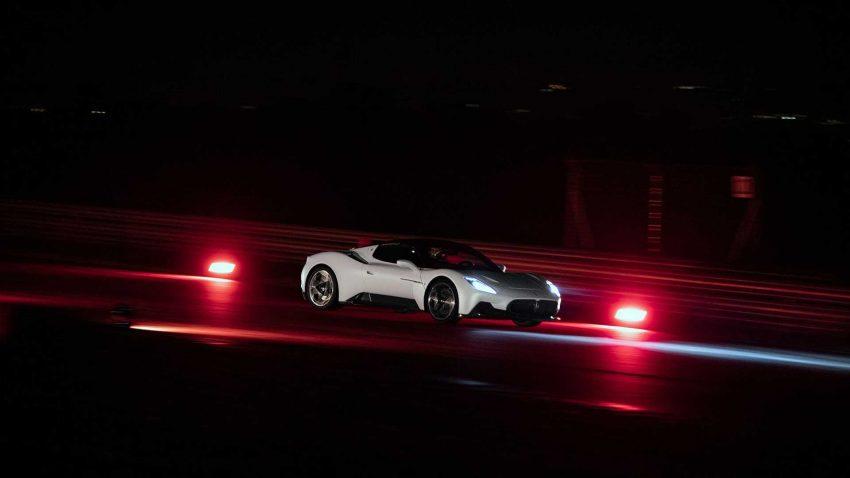 全新旗舰超跑亮相, Maserati MC20 全球首发, 2.9秒飙破百 Image #134567