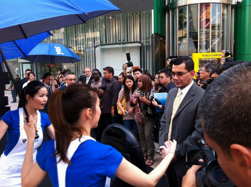 Yes 4G Proton Inspira unveiled at Bukit Bintang – and you can win it and other prizes in an online contest! Image #89102