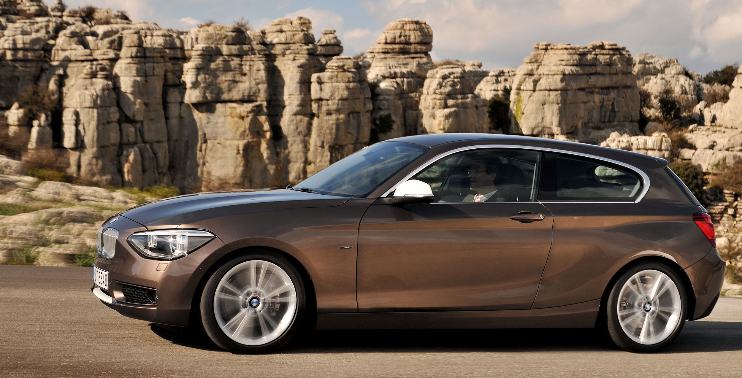 bmw 1 series and 3 series line up expanded and upgraded 114d and 316i new entry level models. Black Bedroom Furniture Sets. Home Design Ideas