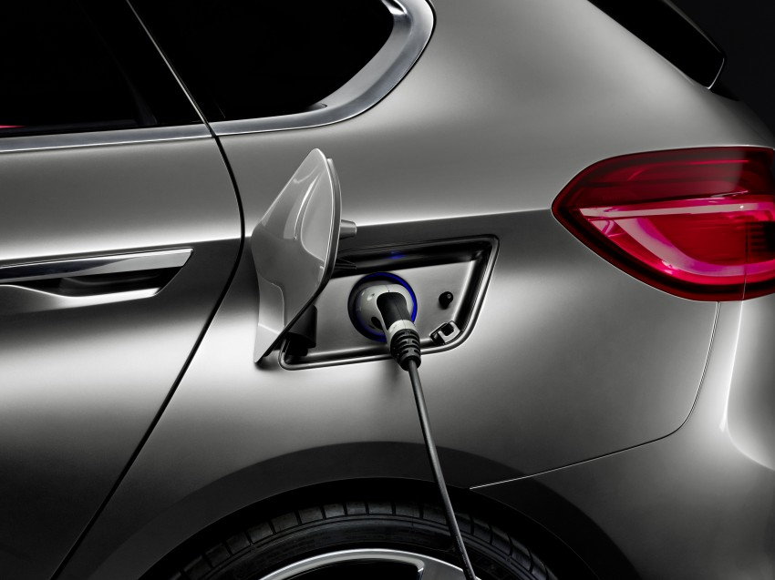 BMW Concept Active Tourer: Munich's B-Class competitor is front wheel drive! Image #131408