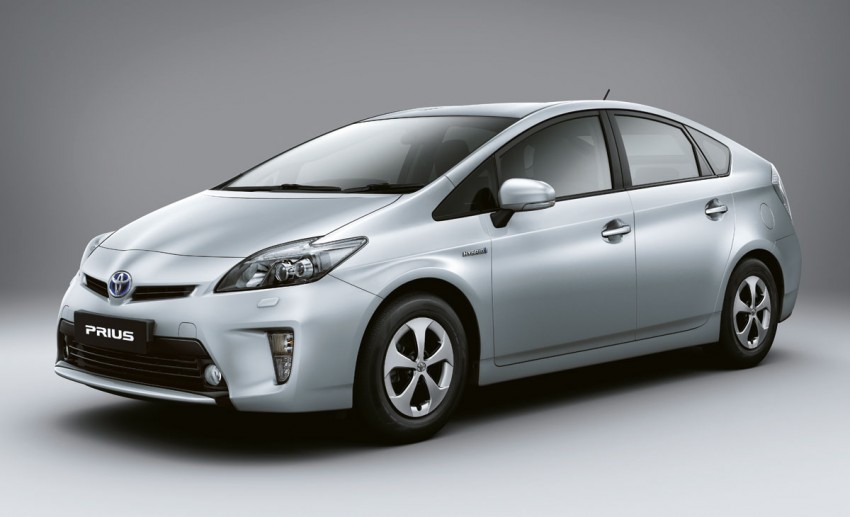 Facelifted Toyota Prius is here – RM139,900 to RM145,500 Image #88952