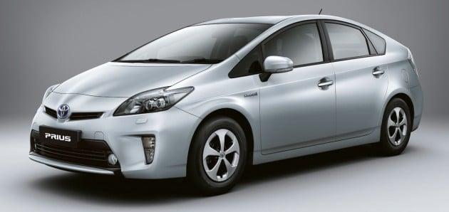 05-Prius-Exteriorb1