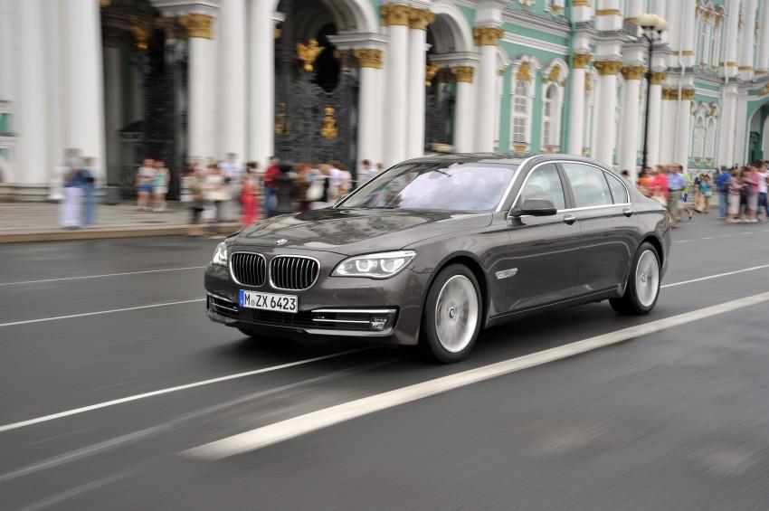 GALLERY: F01/F02 BMW 7-Series LCI International Media Drive – BMW 750Li long wheelbase Image #119930