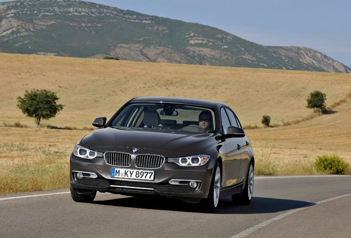 BMW F30 3 Series unveiled: four engines at launch, three equipment lines, market debut in Feb 2012 Image #72803