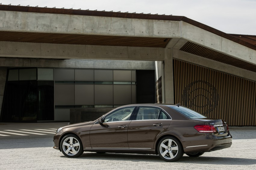 W212 Mercedes-Benz E-Class Facelift unveiled Image #146003