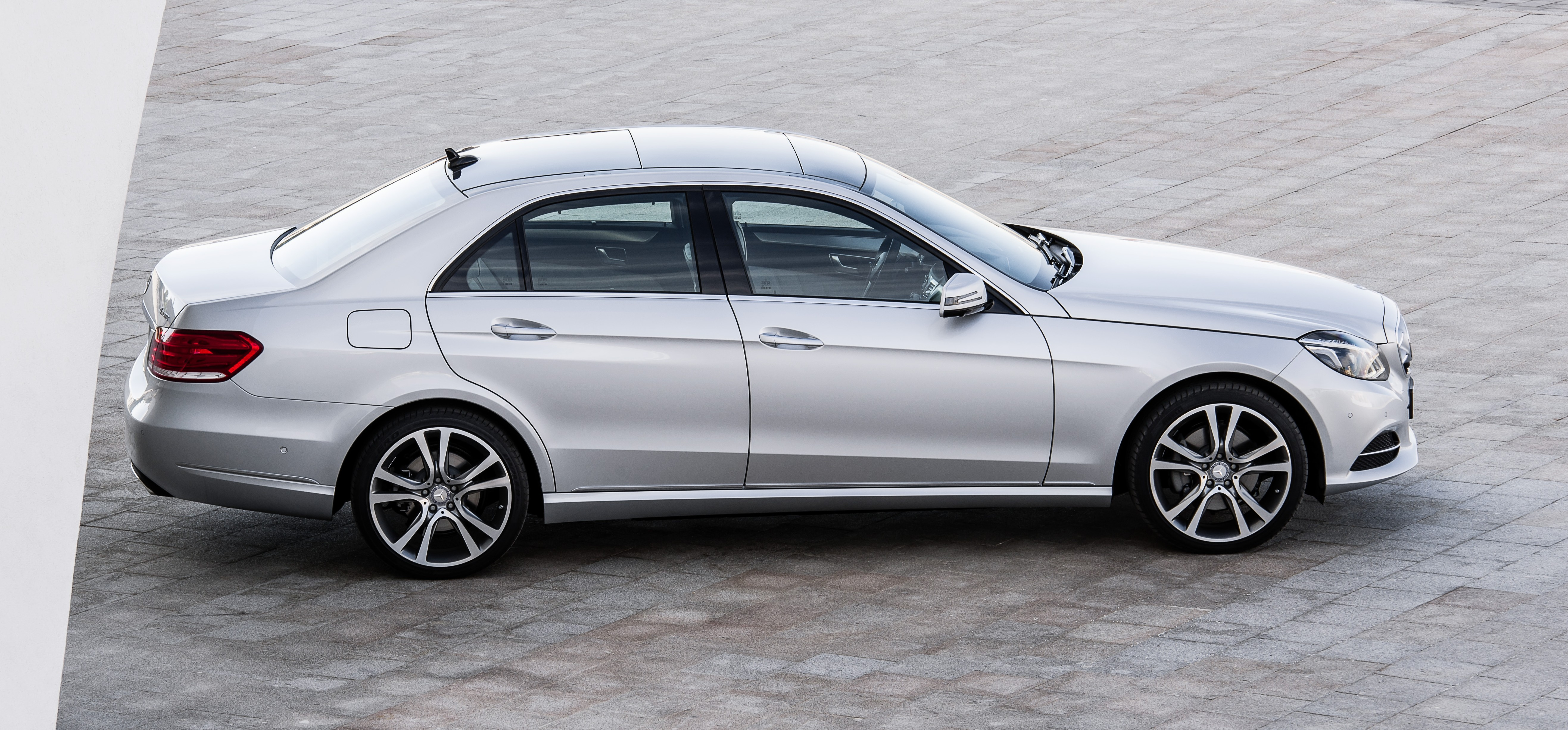 W212 Mercedes Benz E Class Facelift Unveiled Paul Tan