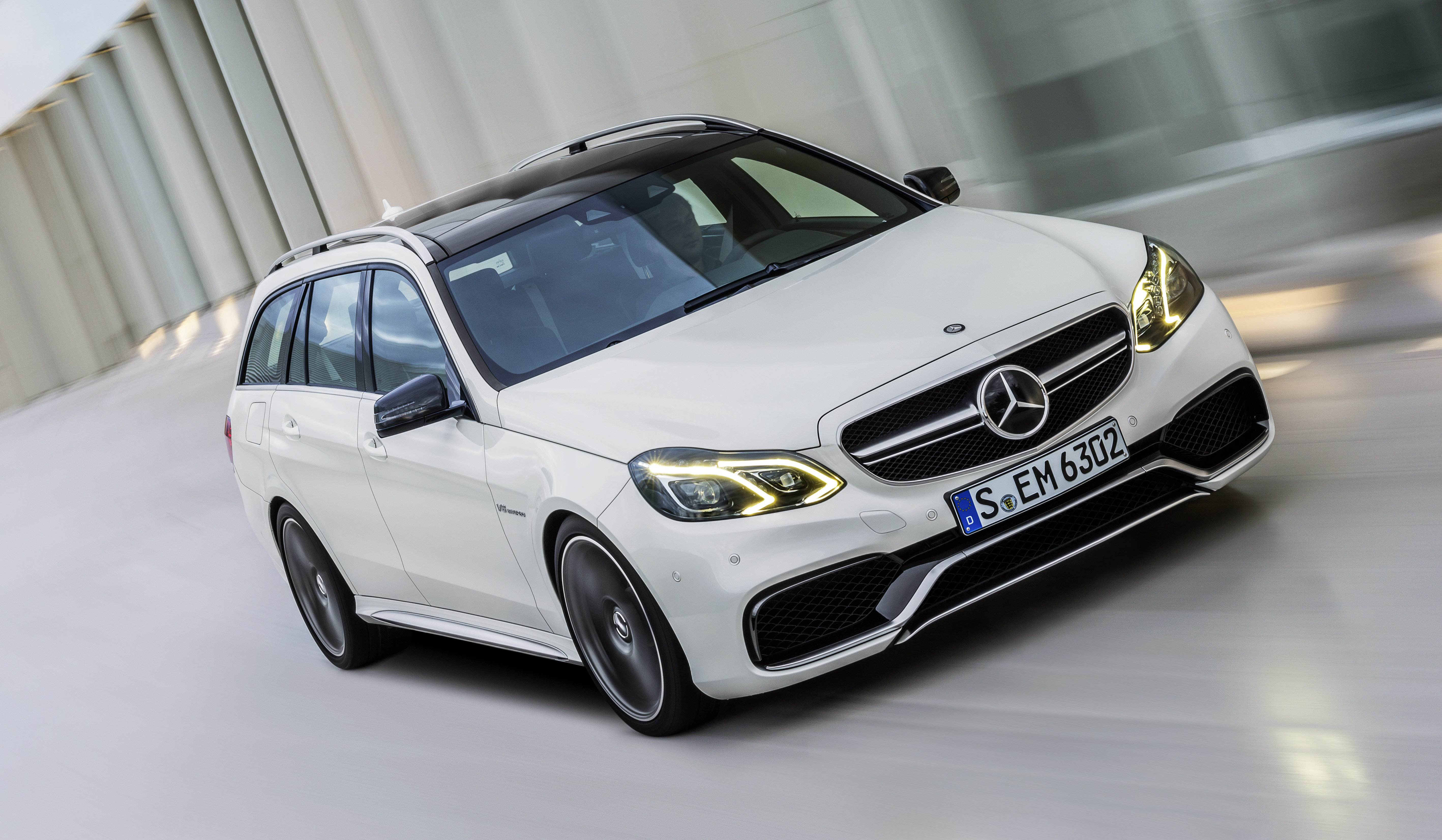 W212 Mercedes-Benz E63 AMG facelift unveiled, now with ...