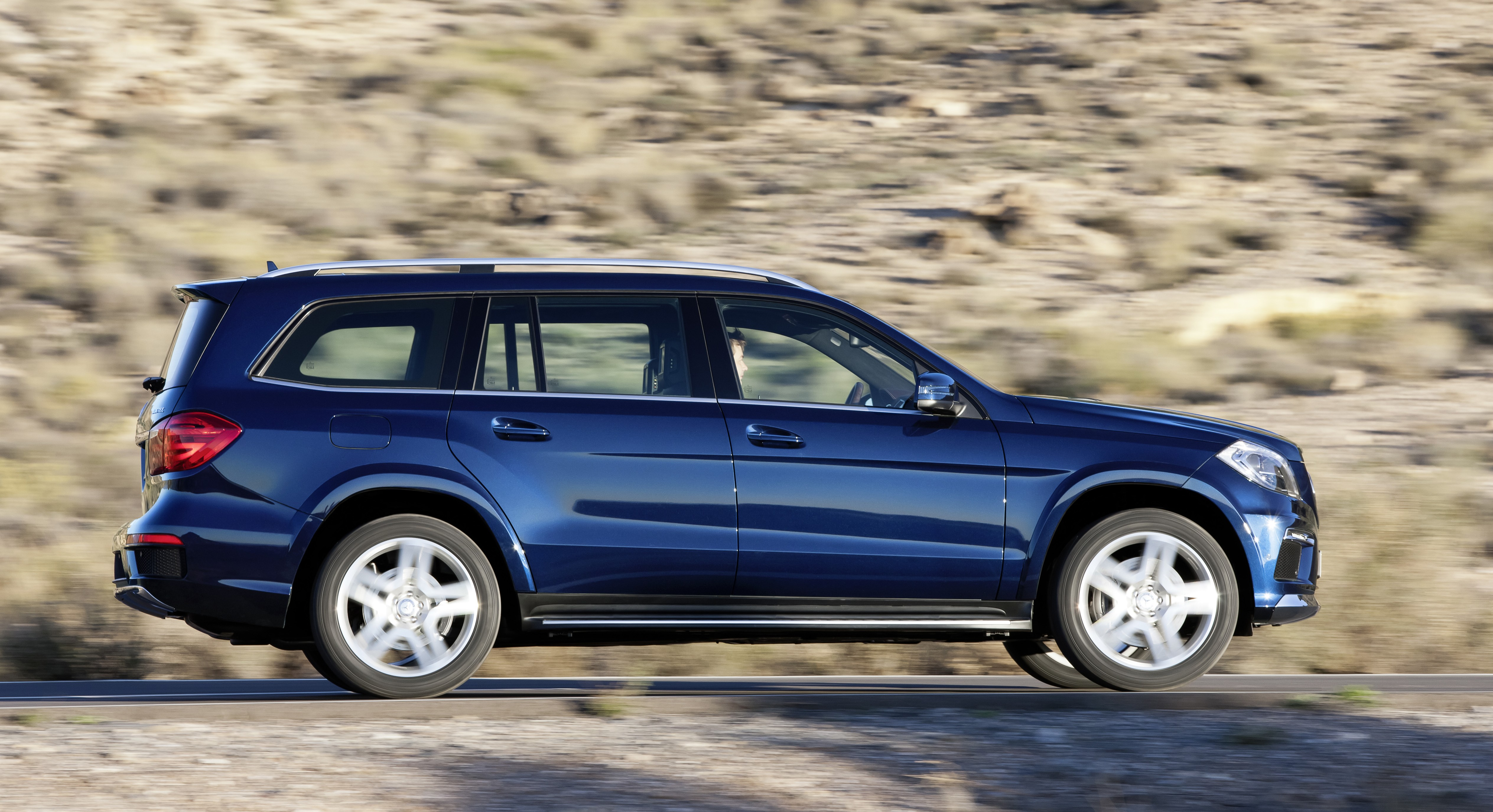 Mercedes benz gl class x166 two petrol and one diesel for Mercedes benz gl class diesel