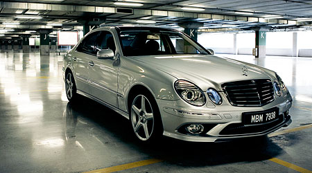 Review Mercedes Benz E280 Amg Sports Package Image 31617