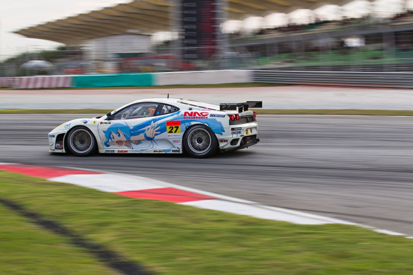 Autobacs Super GT 2012 Round 3: Weider HSV-010 and Hankook Porsche win from pole position Image #111988
