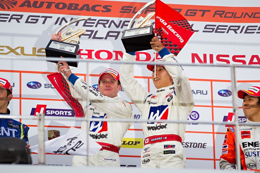 Autobacs Super GT 2012 Round 3: Weider HSV-010 and Hankook Porsche win from pole position Image #111995