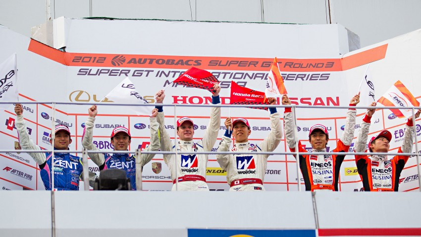 Autobacs Super GT 2012 Round 3: Weider HSV-010 and Hankook Porsche win from pole position Image #111997