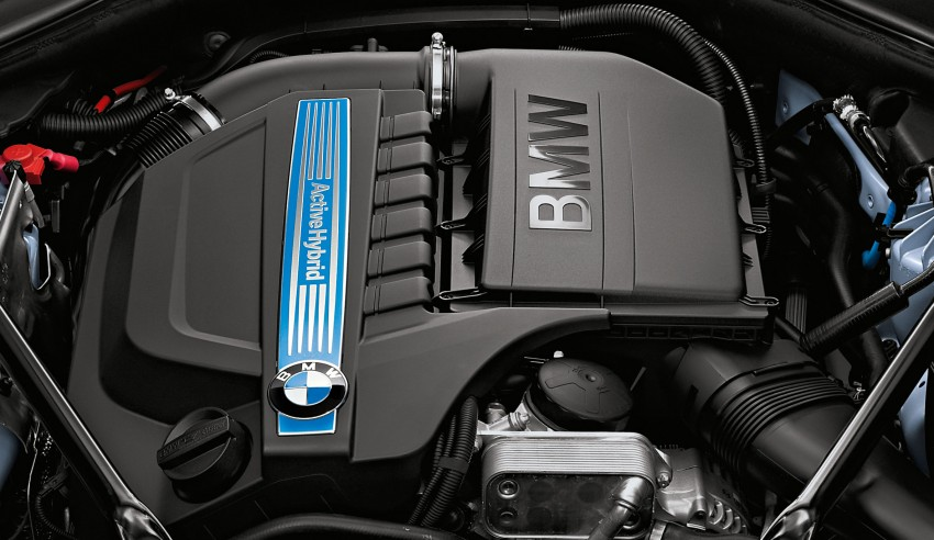 BMW ActiveHybrid 5: inline-6 turbo with an electric motor Image #71189