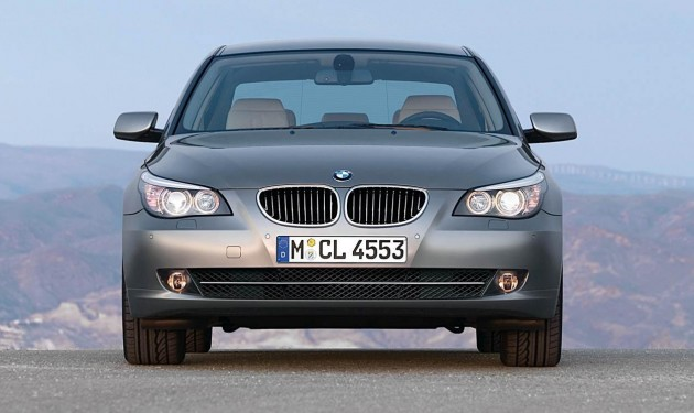 bmw launches e60 bmw 5 series facelift. Black Bedroom Furniture Sets. Home Design Ideas