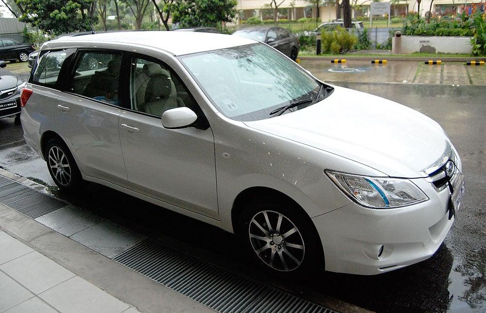 Subaru Exiga 7-Seater MPV Test Drive Review Paul Tan ...