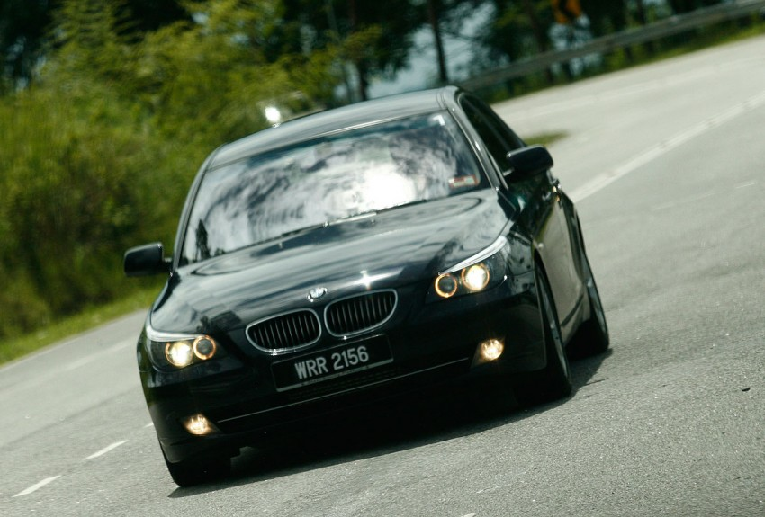 The E60 BMW 5-Series Facelift Range Test Drive: BMW 523i SE, 525i Sports and 530i Image #273223