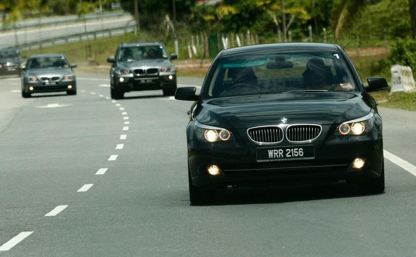 The E60 BMW 5-Series Facelift Range Test Drive: BMW 523i SE, 525i Sports and 530i Image #273211