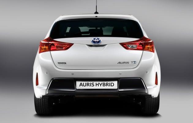 2013 toyota auris c segment hatchback unveiled. Black Bedroom Furniture Sets. Home Design Ideas
