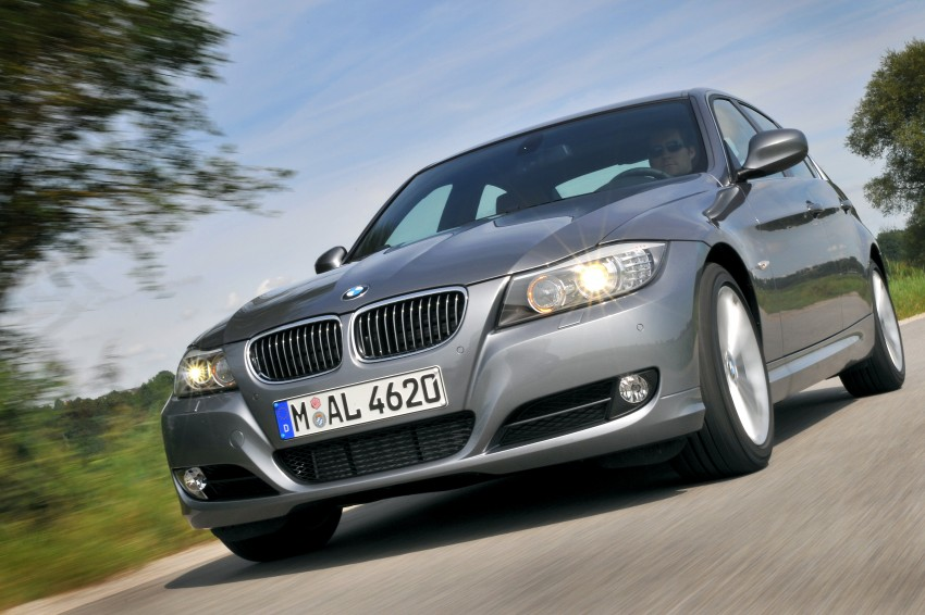 2009 BMW 335i and 330d LCI Review Image #273597