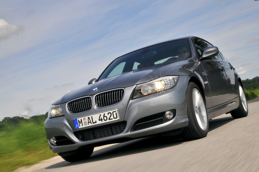 2009 BMW 335i and 330d LCI Review Image #273596