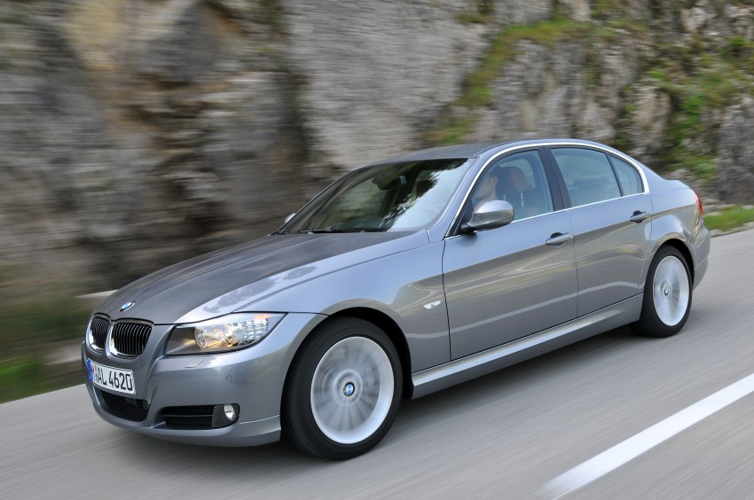 2009 BMW 335i and 330d LCI Review Image #273590